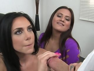 Big Tits, Blowjob, Brunette, Cum Swallowing, Cum Swapping, Facial, Felching, Horny, Natural Tits, Piercing,