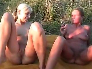 Horny, Outdoor, Smoking, Adolescente ,
