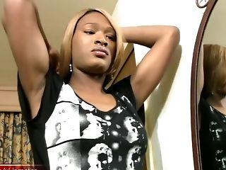 Gran Polla Negra, Gran Polla, Negro, Mamada, Topless, Pene, Gran Pito, Masturbacion, Transformista, Striptease,