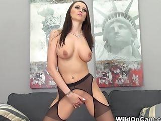 Alexis Grace, Bunda Grande, Peitos Grandes, Dildo, Masturbação , Estrela Pornô, Ruivo , Brinquedos Sexuais , Câmera Bronzeamento , Meias,